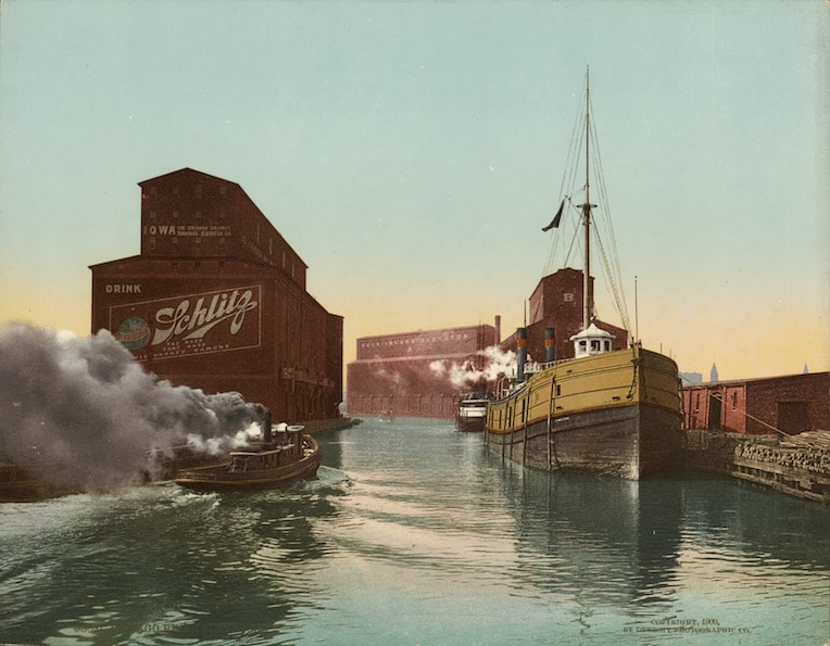 Schlitz ad 1900 Chicago brewery Chicago river