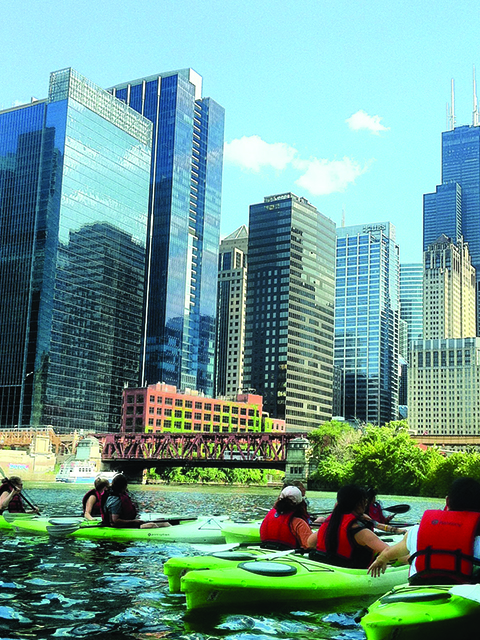 kayak tours in chicago river