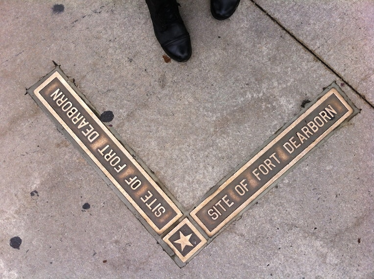 Fort Dearborn plaques native american history Chicago-min