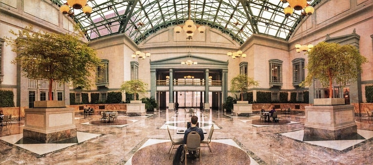 Harold Washington Library Winter Garden winter things to do in the loop