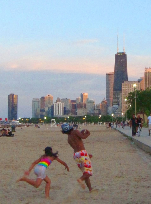 Chicago Skyline and Beach promoting chicago
