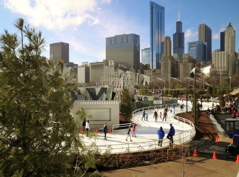 Maggie Daley Park ice skating ribbon holiday things to do in Chicago
