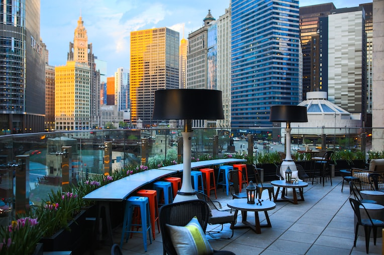 Raised Terrace Evening bars with great views in chicago