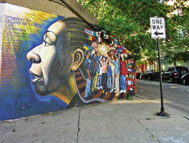 Artistic Murals While Touring Rogers Park