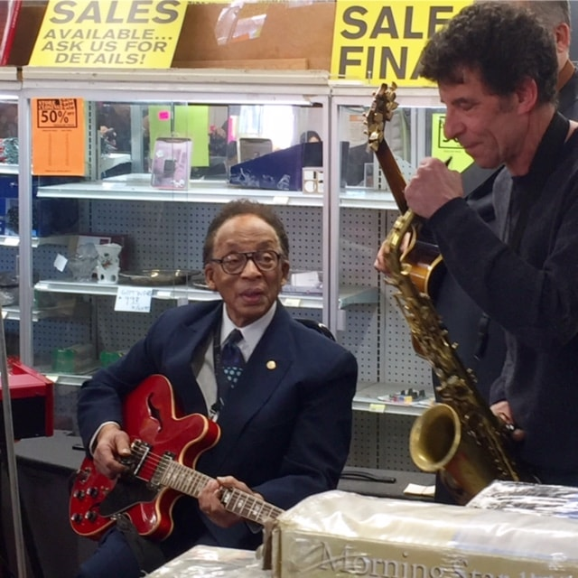 Chicago Jazz History Meyers Hardware Sunset Cafe Grand Terrace Bronzeville closing party performers