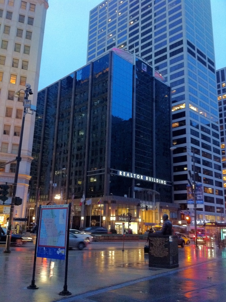 Realtor building architecture mag mile