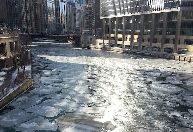 five reasons to visit Chicago in winter weather ice cool