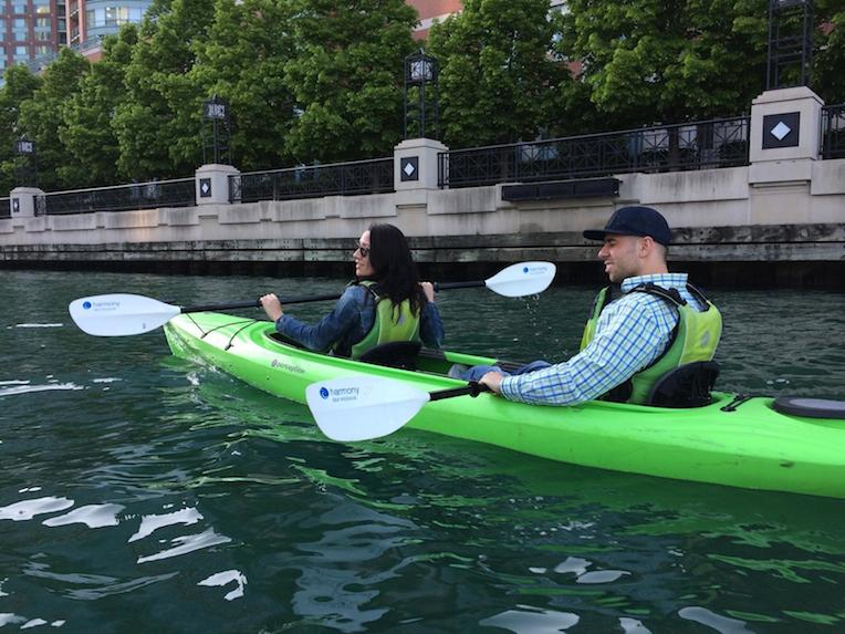 things to do in Chicago this summer kayak Chicago River Urban Kayak
