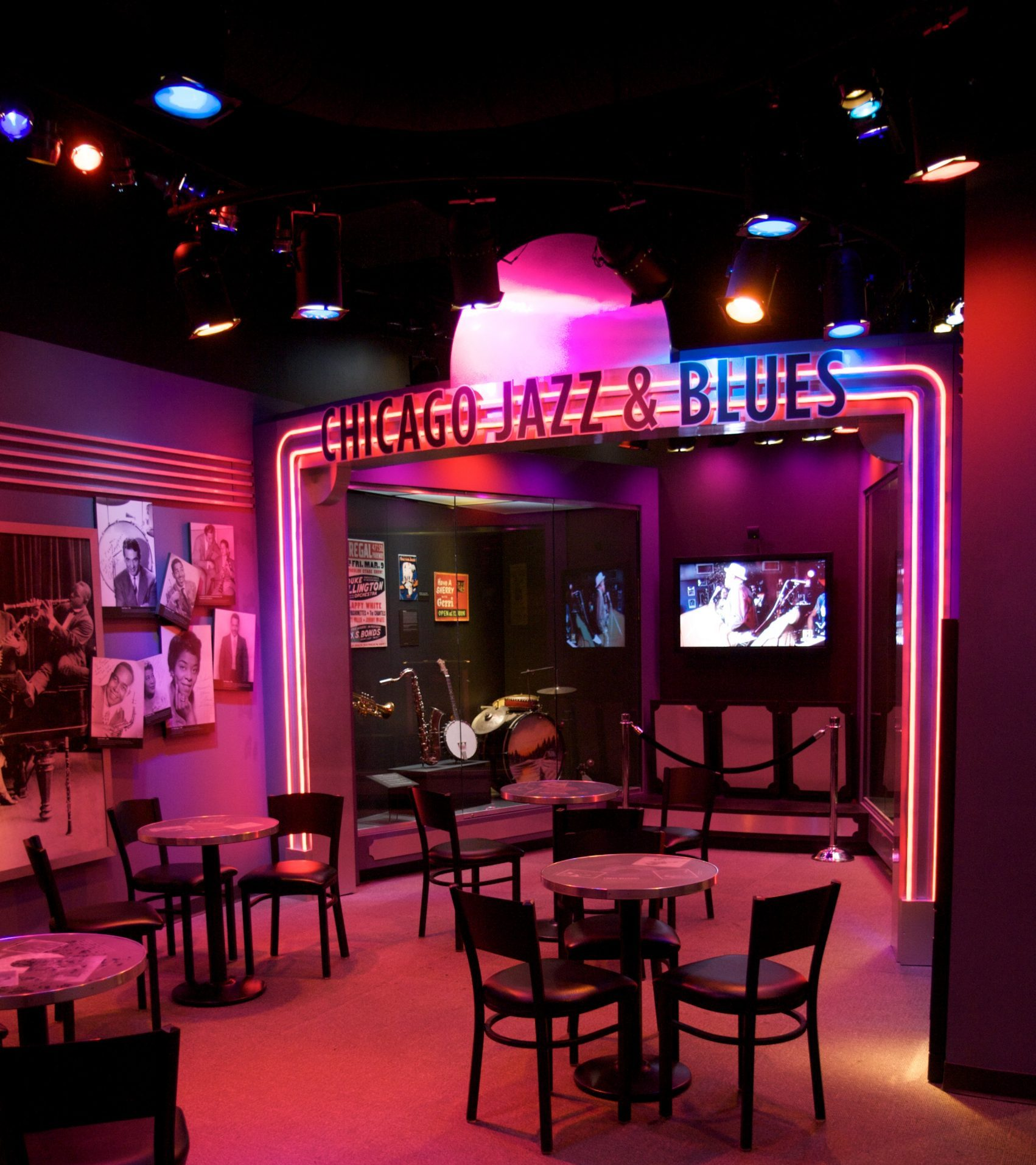 Chicago history museum jazz club date idea