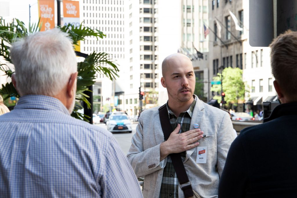 chicago expert neighborhood tour guide alex speaking chicago tour company